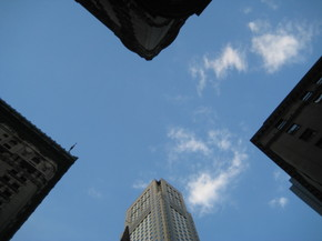 Fifth_avenue_sky_1